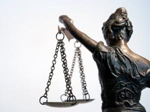 niemoralne prawo